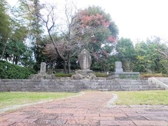 三浦按針の墓2